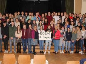 Kempener Gymnasium Thomaeum : Schüler sammeln 10.033 Euro für die Pro-Paraguay-Initiative